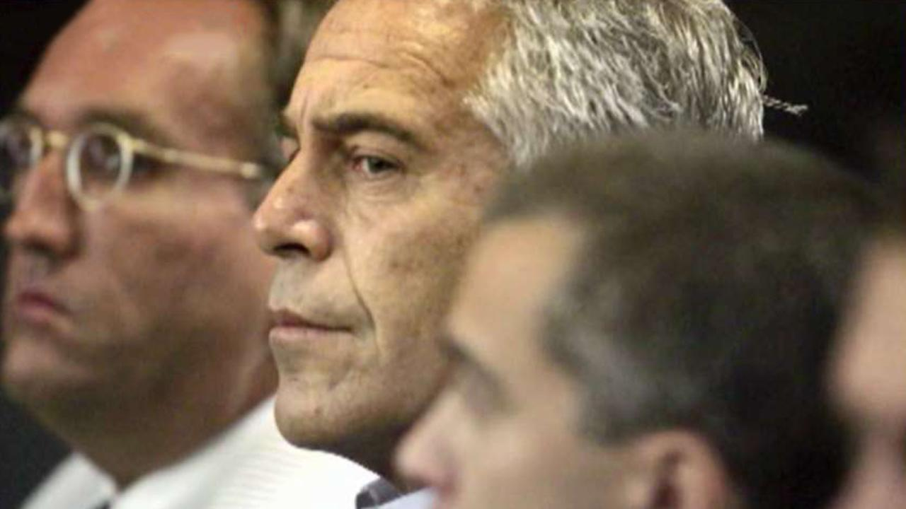 Jeffrey Epstein autopsy reveals broken bones in neck, cause of death pending: report | Fox News